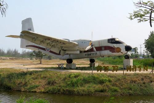 12271 / Royal Thai Police / DHC-4A Caribou / cn 271 / off Naresuan Camp / Hua Hin / 20Feb16 /