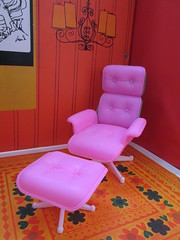 Before (Wandy in Pensacola) Tags: family house modern miniature chair doll furniture barbie silla 1950s 1956 hermanmiller mueble dollhouse 1066 midcentury dollshouse butaca eamesloungechair dolldiorama barbiediorama gloriafamilyroom