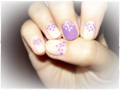 Nude and purple design! :) (Valy ;)) Tags: photo foto purple nails dots nailart nudenails