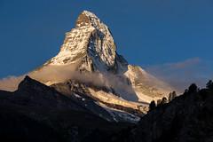 Le Cervin au petit matin... (mgirard011) Tags: europe levalais lieux paysages sommets suisse zermatt lecervindezermatt wallis ch 500faves
