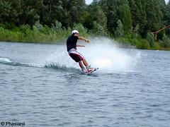 Wassersport (Phasianii) Tags: sport wasser sony xanten surfen urbanus dscw17 rusticus phasianii