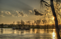 Red River Flooding - Sunset (GMills31) Tags: trees sunset house clouds golden flooding redriver shreveport goldenhour sonya7ii