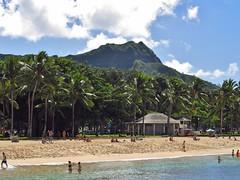 Honolulu, Hawaii (Jasperdo) Tags: landscape hawaii scenery palmtrees diamondhead honolulu waikikibeach