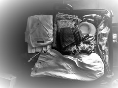 Anatomia dell'irrequietezza_ANATOMY OF THE RESTESNESS (Mango*Photography) Tags: travel white black art bag photography ray different artistic contemporary luggage wanderlust clothes baggage inspiring feelings valigia giuliabergonzoniphotography