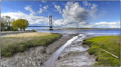 Humber bridge from Barton Haven (Alan Burkwood) Tags: bridge haven creek mud estuary humber bartononhumber