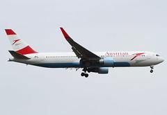 OE-LAE Austrian B763 (twomphotos) Tags: plane boeing spotting austrian eddf b763 fra2