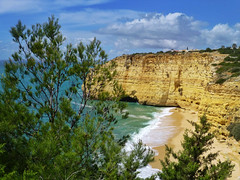 Praia do Vale de Centianes (Cycling man) Tags: sea seascape praia beach landscape coast algarve centianes