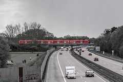 HAJ say's welcome (Patrick Trockel) Tags: auto bw car blackwhite zug autobahn db bahn verkehr a7 trafic einflugschneise