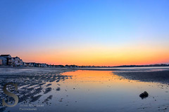Surise colors reflected on the water (Singing With Light) Tags: moon sunrise photography spring downtown sony july ct milford 3rd 2015 mirrorless lismanlanding singingwithlight singingwithlightphotography forttrumbullbeach alpha6000 sunsetctkitlens skitlenssonya6000
