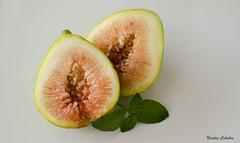(NatyCeballos) Tags: verde hoja fruta alimento higo menta