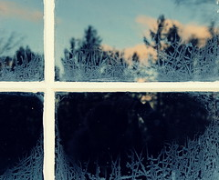 The Flag of Winter (Alex L'aventurier,) Tags: blue trees winter sky canada cold reflection window clouds canon frost cross quebec flag hiver bleu reflet ciel arbres qubec nuages fentre froid croix givre drapeau stirne