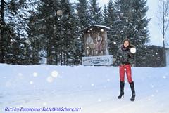 v20160113TannheimerTalRicciIWS1183 (IchWillMehrPortale) Tags: schnee ski sexy tirol berge ricci apresski latex lederhose winterurlaub tannheim schneefall jungholz skikurs ichwillschnee tannheimertal haldensee fssenerjchle grn fantasticrubber marcgirardelli erlebnisskischule indigoacr sorgschrofengoldeneskreuz nacktshifahren vilsaplsee winteronderland