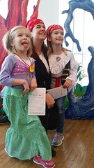 Sarah And The Girls (Joe Shlabotnik) Tags: cameraphone lily flushingmeadows madeleine sarahp 2016 queensmuseum spooktacular galaxys5 january2016