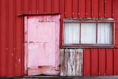 Red (Isabelle Gallay) Tags: street door city red urban color window rouge fuji fujifilm porte fentre couleur ville urbain aquitaine gironde gujanmestras bassinarcachon fujixm1 fujifilmxm1
