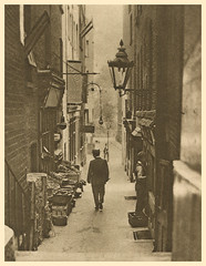 an alleyway from the Adelphi to the Strand (Simon_K) Tags: old 1920s urban streets london sepia wonderful lost image before days nostalgia photograph forgotten times roads yesterday scenes olden trades twenties howweusedtolive photogravure wonderfullondon stjohnadcock alarecherchedetempsperdu donaldmacleish