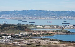 erased (Riex) Tags: california city landscape oakland bay town view ships bateaux cargo paysage sfba ville californie amount baie southsanfrancisco candlestickpark candlestickpoint a900 minoltaamount tamronsp70300mmf456divcusd