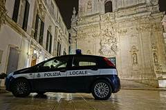 """polizia • <a style=""""font-size:0.8em;"""" href=""""http://www.flickr.com/photos/137809870@N02/25253893294/"""" target=""""_blank"""">View on Flickr</a>"""