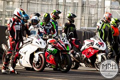 No Limits Endurance Championships Powered by Pirelli (MPH94) Tags: park bike sport by canon easter island cheshire good no saturday bikes racing motorbike 24 motor 40 championships friday endurance circuit 85 motorracing motorsport powered limits pirelli 70300 500d nlr oulton