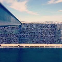 Longue ligne au MUCEM (Kemen) Tags: sea mer water museum architecture marseille muse architecte massilia mucem