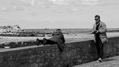 Romance (patrick_milan) Tags: street people blackandwhite bw white black monochrome noir noiretblanc nb rue blanc personne streetview gens