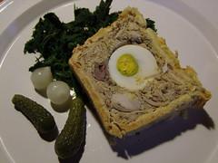 Pate en croute (Grand-Papp, charrette...) Tags: food cuisine auvergne massifcentral hauteloire margeride ptencrote fabricationmaison hautesterres lobe marjarida