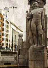 Pont sur le canal, boulevard Lopold II et le Kaaitheater, Bruxelles, Belgium (claude lina) Tags: brussels belgium belgique bruxelles claudelina
