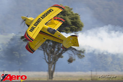 Paul Bennet Air Shows (Col Turner) Tags: show canon paul wings wolf aircraft aviation air over aeroplane bennet stunt aerobatic illawarra pitts woi16