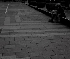 DSC_3278 (SeanHarperT) Tags: seattle street people bw white lake black west photography streetphotography pikeplace