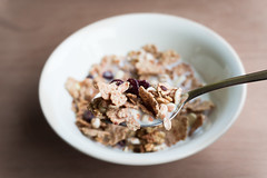 A good start of the day [15/52] (MaelBZ) Tags: morning food breakfast start day dof bowl meal cereals 52weeks