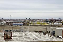 r_160428407_kos_a (Mitch Waxman) Tags: newyorkcity newyork construction scaffold greenpointbrooklyn newtowncreek laborers constructionequipment kosciuszkobridge nysdot dukbo