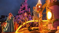 PB077137 () Tags: paris france castle disney parade chteau