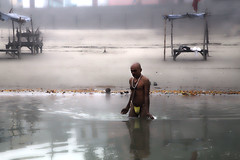 Bathing in the Sarayu River (David Clay Photography) Tags: india river bathing hindu ayodhya