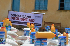 Food aid in drought-hit Awdal, Somaliland (Ummah Welfare Trust) Tags: poverty africa charity food water children hope desert islam aid hunger muslims development humanitarian somalia somaliland developing puntland humanitarianism nugaal awdal