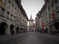 Dcouverte de Berne (Histoires de tongs) Tags: voyage trip travel travelling schweiz switzerland europe suisse roadtrip adventure explore visiting visite roundtheworld discover aventure tourdumonde