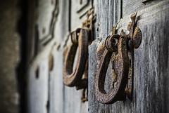 Herrumbre (Ignacio M. Jimnez) Tags: aldaba knocker hierro iron herrumbre rust decay puerta door ubeda jaen andalucia andalusia espaa spain ruby10 ruby15 ruby20 tufototureto rubyfrontpage ignaciomjimnez cruzadas