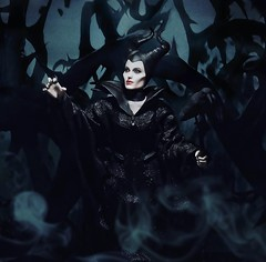 Well well.. (HANDElicious) Tags: toys disney angelinajolie actionfigures maleficent hottoys toyphotography