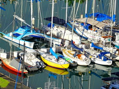 Reflections (peggyhr) Tags: marina reflections boats hawaii dsc01558a peggyhr heartawards level1photographyforrecreation level1peaceawards