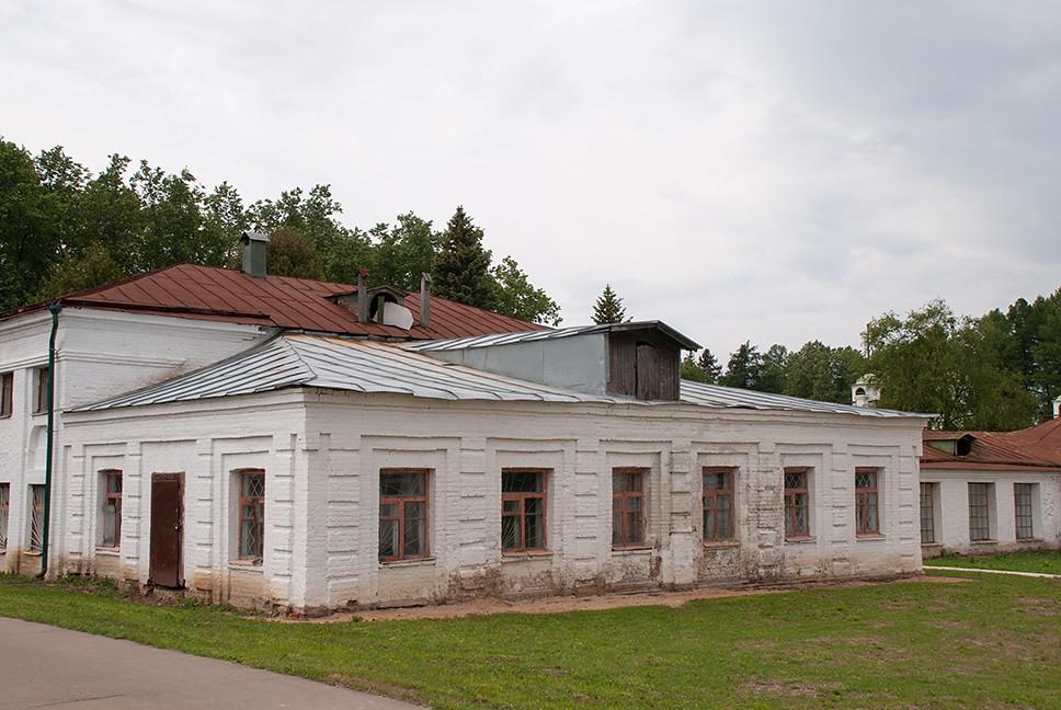 фото: Середниково. Усадебные постройки