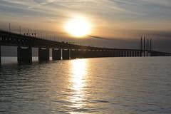 DSC_5362 (kalubro) Tags: sunset sky cloud water denmark shadows himmel bro vatten brigde solnedgng skugga moln resundsbron swe