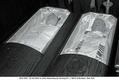 U1030470 (ngao5) Tags: newyorkcity 2 people usa brooklyn dead death war container communist crime spy northamerica americans males prominentpersons newyorkstate whites females corpse coffin trial marxist treason midatlantic politicalandsocialissues judicialproceedings coldwar19451991 juliusrosenberg ethelrosenberg trialofjuliusandethelrosenberg