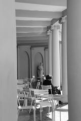 National (dutch) Museum Week 2016 (RW-V) Tags: bw monochrome noiretblanc nederland thenetherlands bn palais sw paysbas palast colonnade apeldoorn niederlande paleis zw gelderland paleistuin palacegarden paleishetloo canonefs1755mmf28isusm palaishetloo kolonnade zuilengalerij canoneos60d palasthetloo