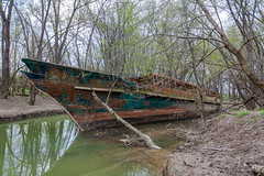 Ghost Ship (nmclark100) Tags: abandoned ship kentucky ohioriver ghostship circlelinev