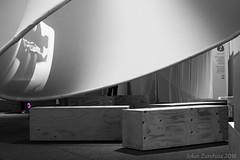 The place of the victims (jokinzuru) Tags: color colour blancoynegro monochrome blackwhite remember recuerdo violence euskalherria euskadi basquecountry victims violencia selective vitoriagasteiz paysbasque pasvasco monocromtico plazadelamemoria