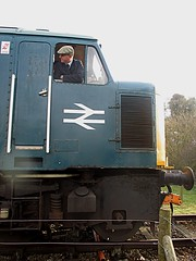 Driver of 45133 awaits the RA at Wymondham Abbey, MNR Mid-Norfolk Railway Diesel Gala 01.04.16 (Trevor Bruford) Tags: blue heritage abbey br diesel centre 4 peak railway class 451 type locomotive 40 society gala midland preservation mrc wymondham sulzer mnr butterley d40 midnorfolk 45133
