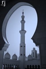 DSC_8917-2 (RJ-Clicks) Tags: nikon dubai uae arches mosque abudhabi dome chandeliers sharjah unitedarabemirates minarets sheikhzayedmosque d5100 nikond5100 rjclicks rehanjamil