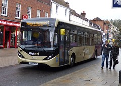 Stagecoach South 37417 (YX65 PYP) Winchester 7/4/16 (jmupton2000) Tags: city uk bus south hampshire kings 200 alexander dennis winchester mmc dart stagecoach enviro the yx65pyp