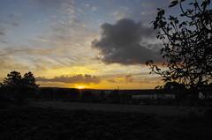 Sunrise (Capturedbyhunter) Tags: primavera sol portugal sunrise landscape focus do pentax outdoor paisagem da santarm fernando 28 manual distance marques f28 k5 nascer foco hiper ribatejo coruche focal 1650 caador outdor agolada focagem fajarda