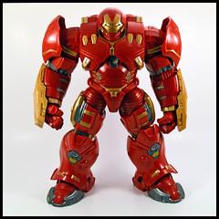 Hulkbuster (Corey's Toybox) Tags: movie toy actionfigure ironman figure marvellegends marvel hasbro series3 hulkbuster hulkbusterbaf hulkbusterbafwave