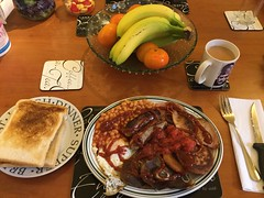 Proper meal! (Day 187 of 366) (Gene Hunt) Tags: bacon beans tea toast sausages friedegg fryup 2016 potatocakes redtomatoes project366 201516yip appleipodtouch6thgeneration
