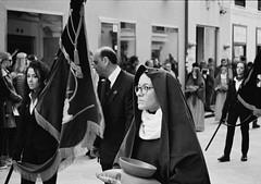 Processione dei misteri, Trapani (arturo.gallia) Tags: analog 35mm lomo lomography ritratto trapani volto analogico venerdisanto processionedeimisteri